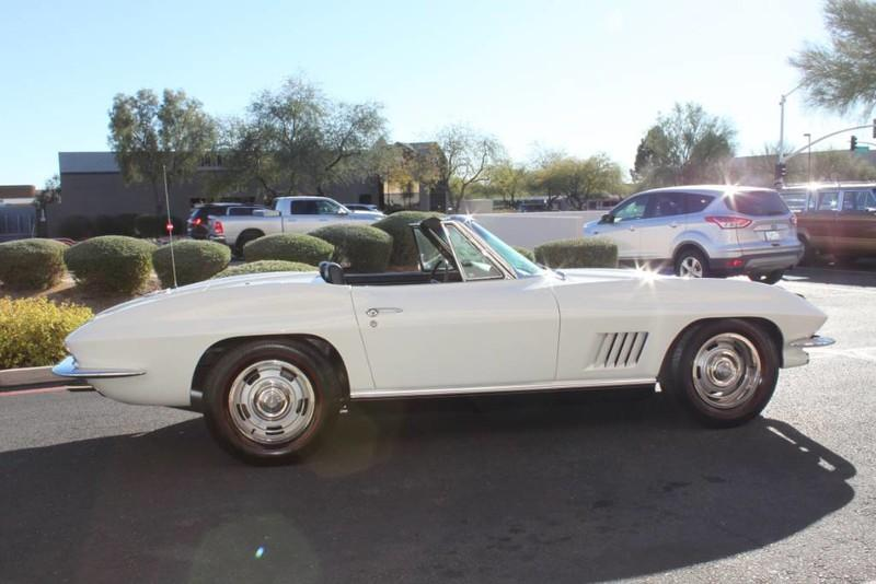 Used-1967-Chevrolet-Corvette-Roadster-Classic