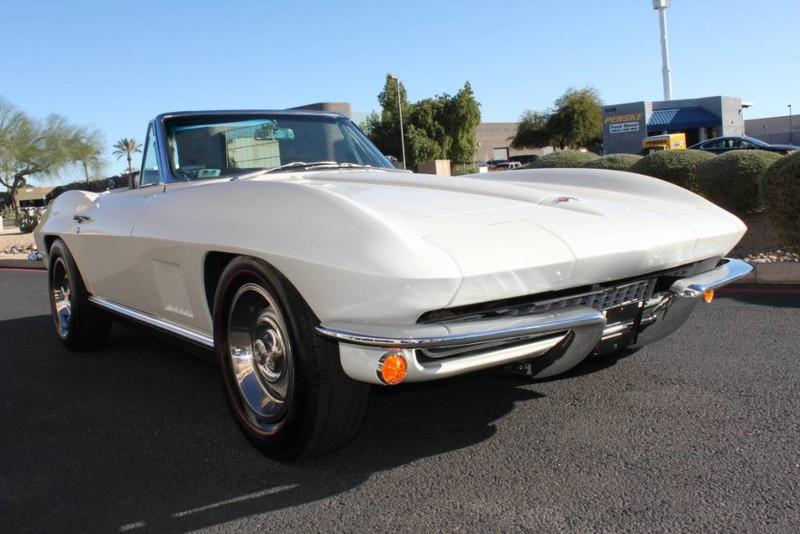 Used-1967-Chevrolet-Corvette-Roadster-Chrysler