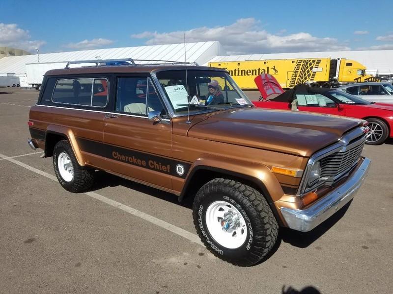 Used-1979-Jeep-Cherokee-Chief-4X4-Levi's-Edition-Grand-Wagoneer