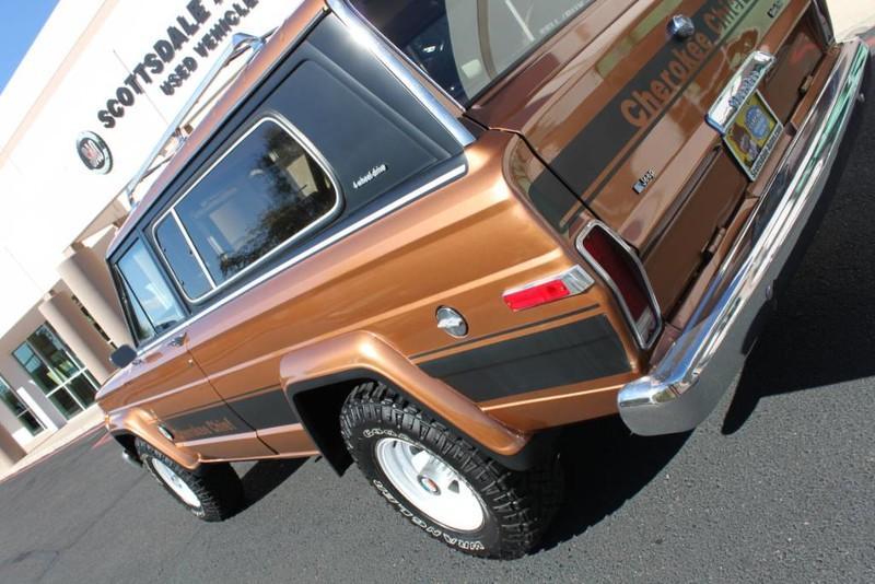 Used-1979-Jeep-Cherokee-Chief-4X4-Levi's-Edition-Ferrari