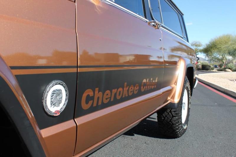Used-1979-Jeep-Cherokee-Chief-4X4-Levi's-Edition-Wagoneer