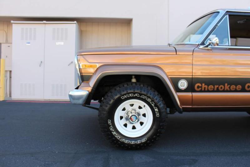 Used-1979-Jeep-Cherokee-Chief-4X4-Levi's-Edition-Cherokee