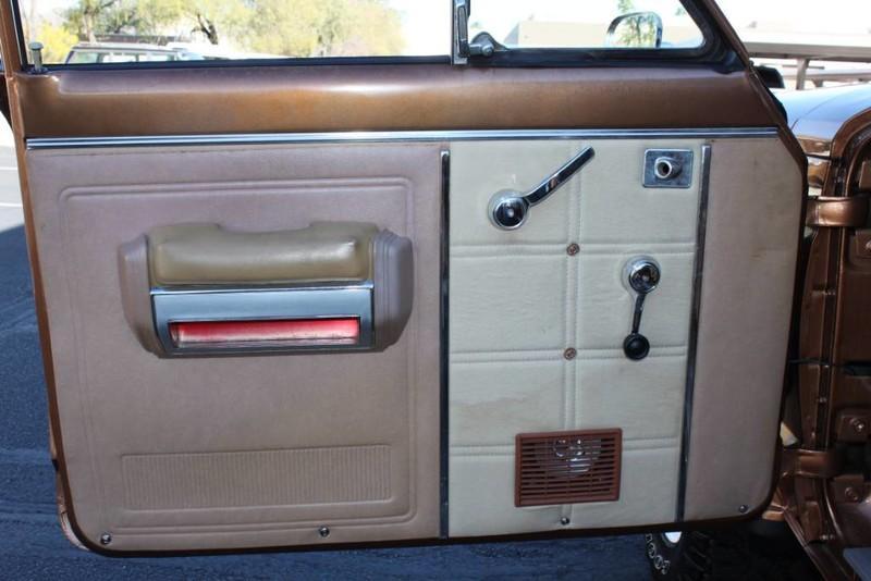 Used-1979-Jeep-Cherokee-Chief-4X4-Levi's-Edition-Camaro