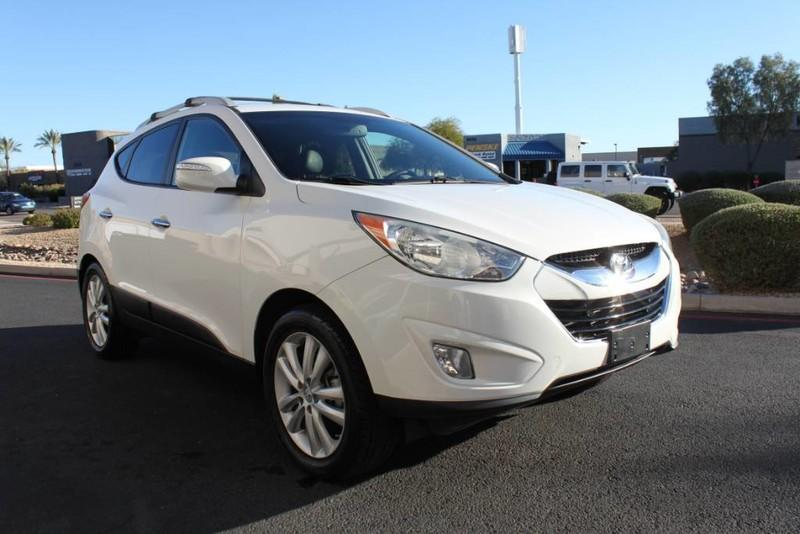 Used-2013-Hyundai-Tucson-Limited-Mercedes-Benz