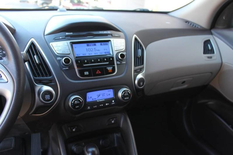 Used-2013-Hyundai-Tucson-Limited-Chevelle
