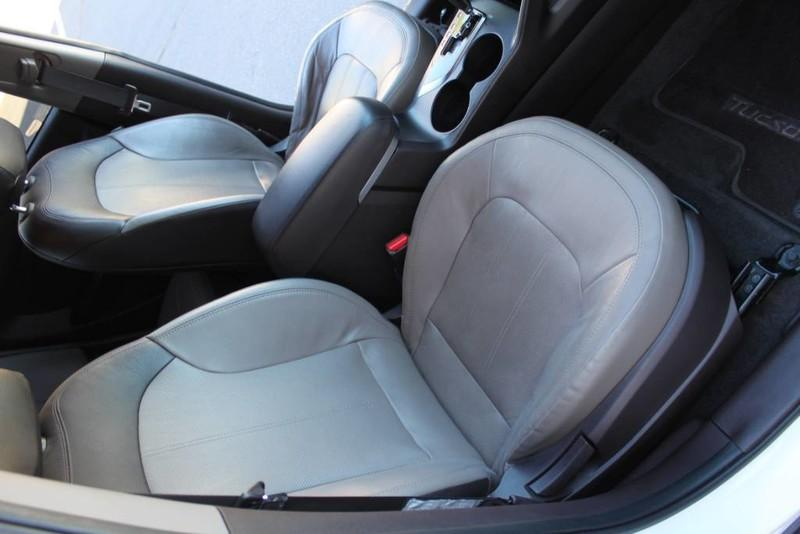 Used-2013-Hyundai-Tucson-Limited-LS400