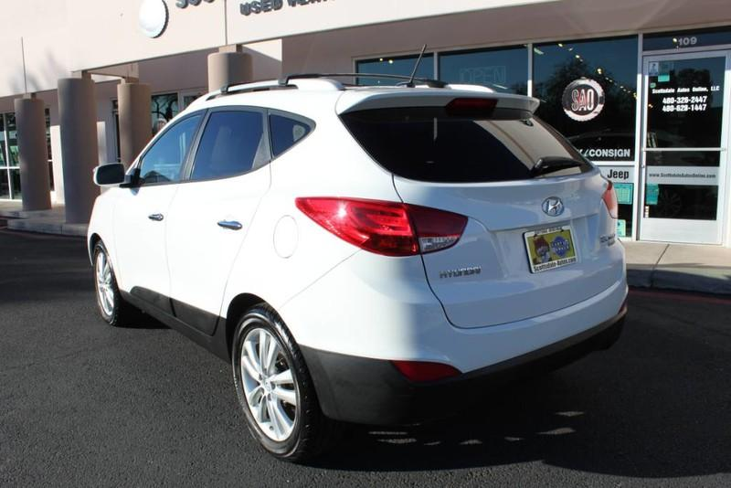 Used-2013-Hyundai-Tucson-Limited-Grand-Wagoneer