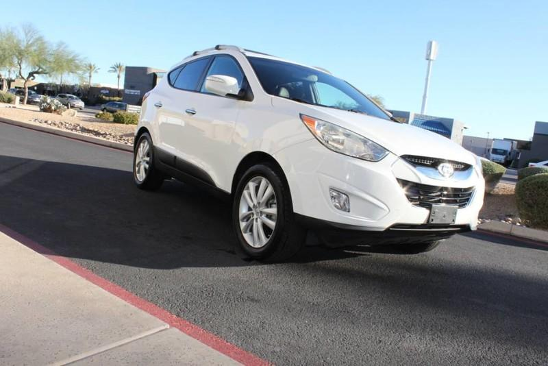 Used-2013-Hyundai-Tucson-Limited-Land-Rover