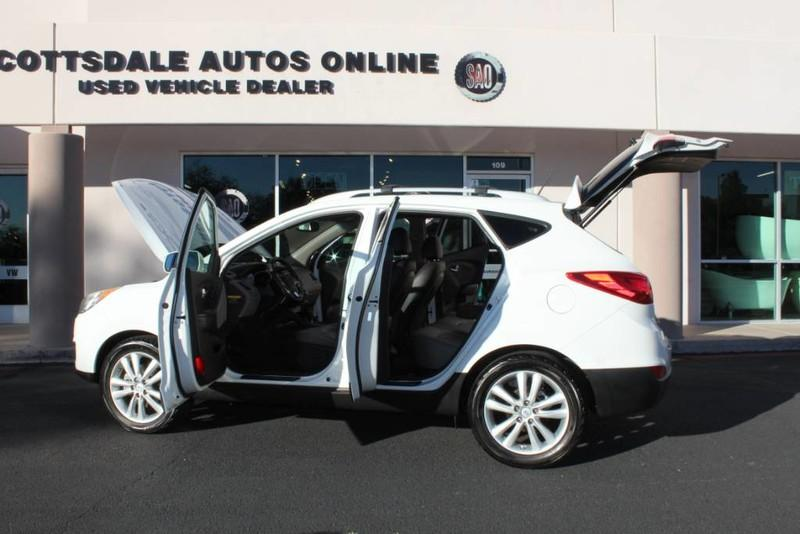 Used-2013-Hyundai-Tucson-Limited-Jeep