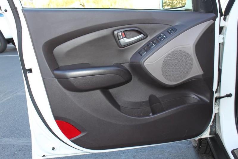 Used-2013-Hyundai-Tucson-Limited-Mopar