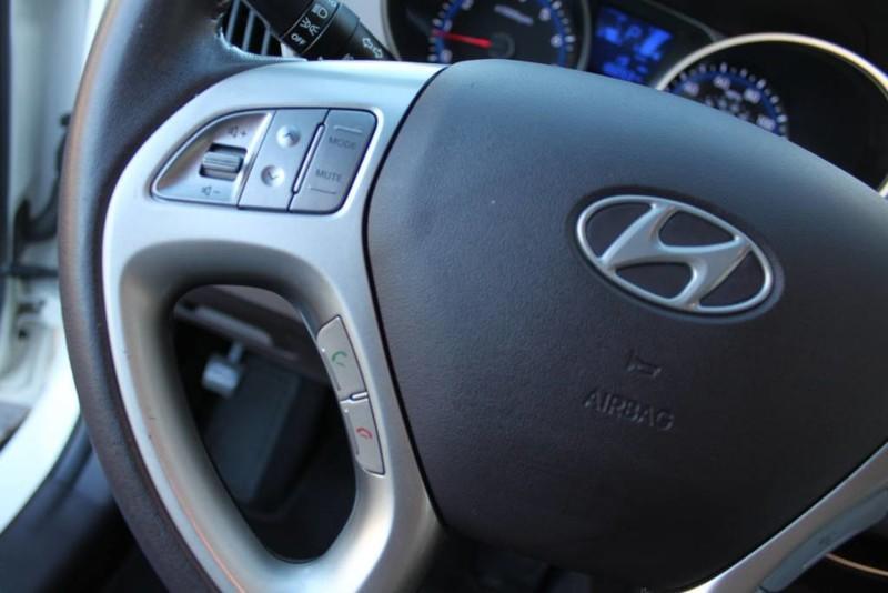 Used-2013-Hyundai-Tucson-Limited-vintage