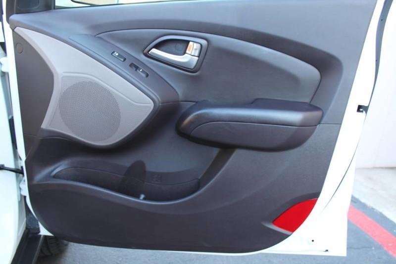 Used-2013-Hyundai-Tucson-Limited-Acura