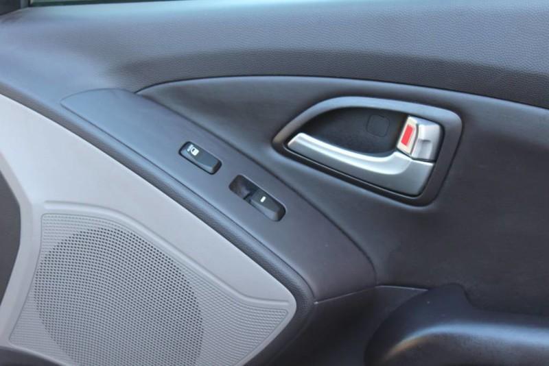 Used-2013-Hyundai-Tucson-Limited-Lexus