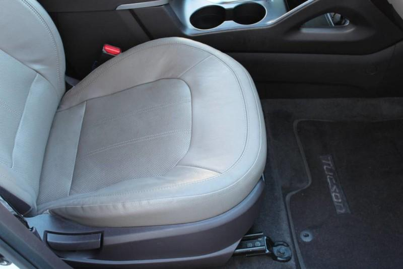 Used-2013-Hyundai-Tucson-Limited-Camaro