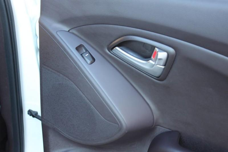 Used-2013-Hyundai-Tucson-Limited-Dodge