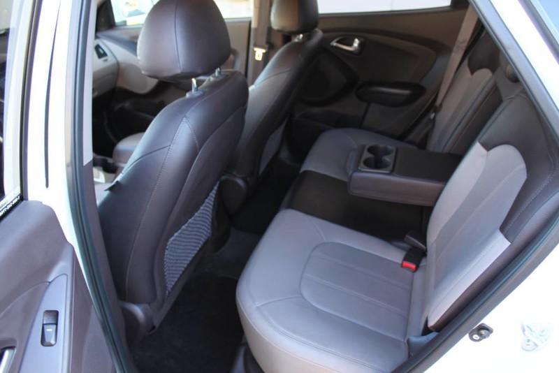 Used-2013-Hyundai-Tucson-Limited-BMW