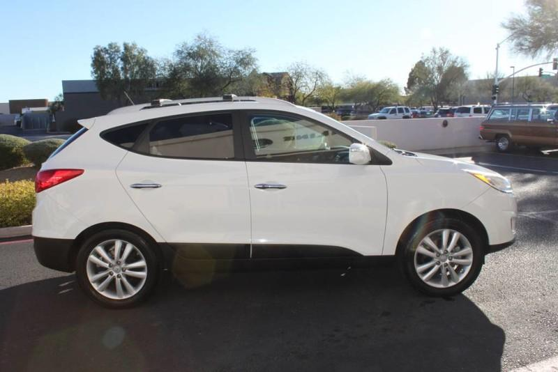 Used-2013-Hyundai-Tucson-Limited-Chrysler