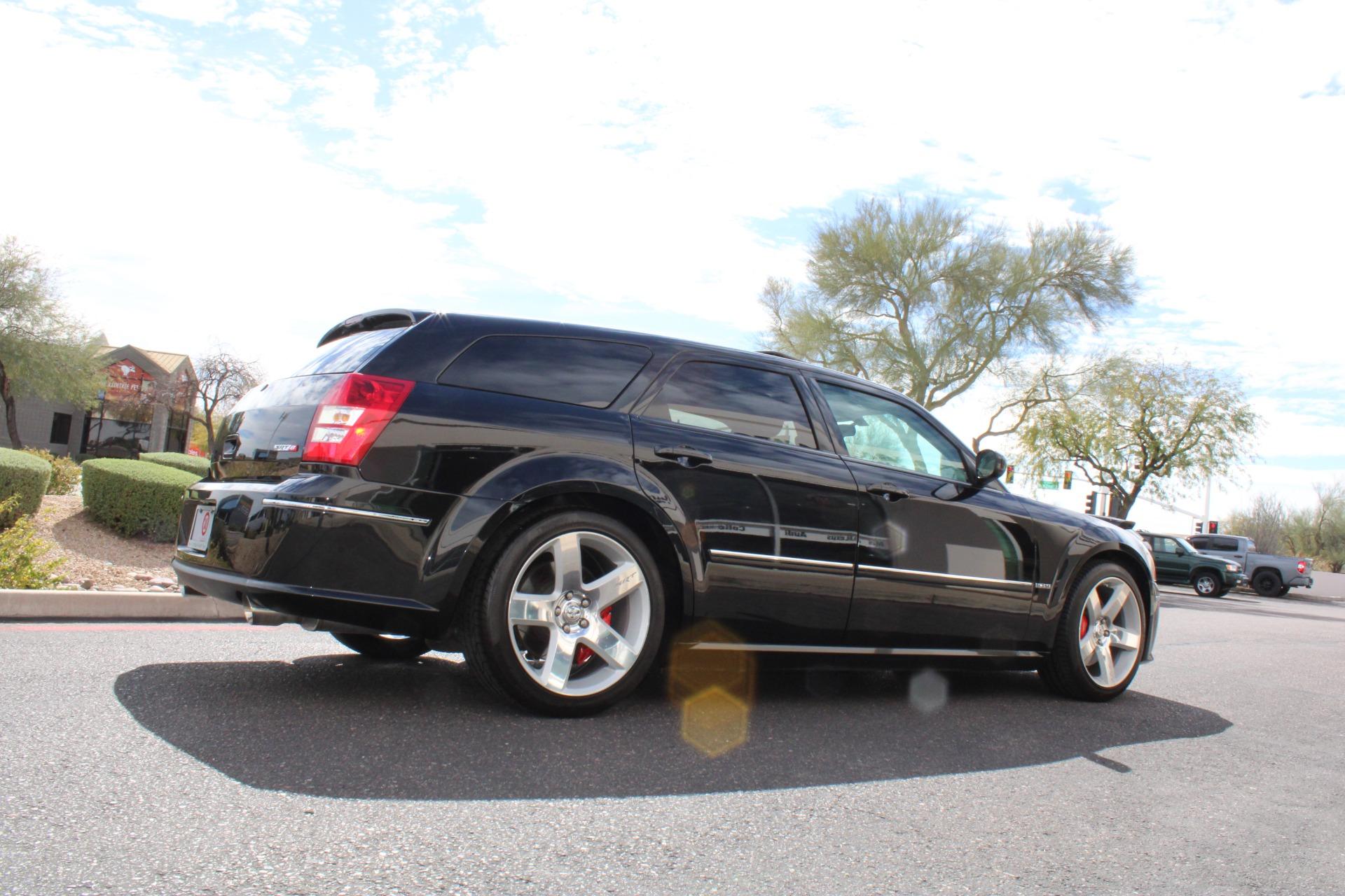 Used-2006-Dodge-Magnum-SRT8-Land-Cruiser