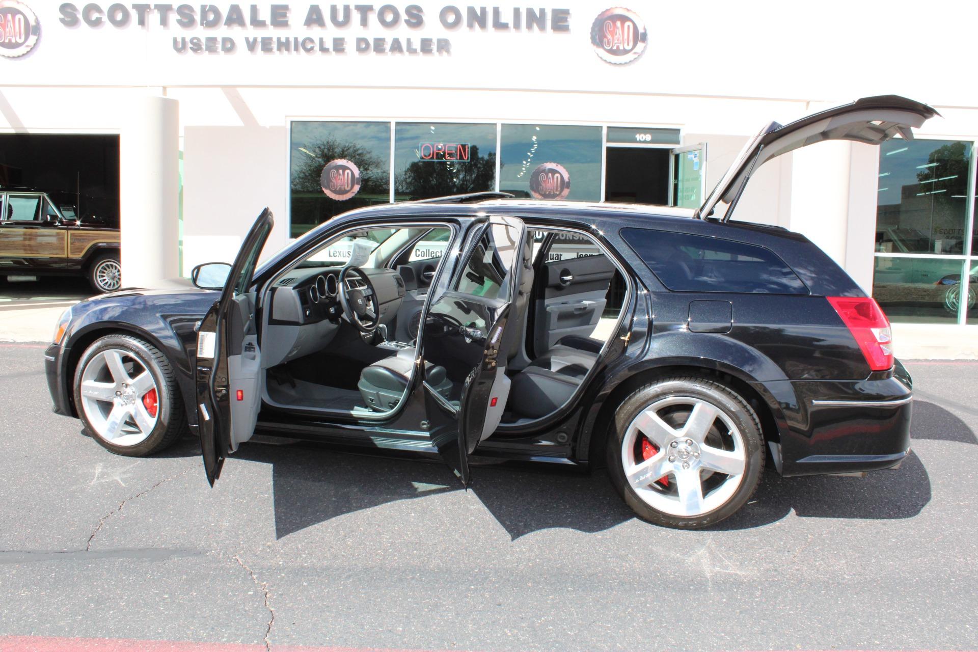 Used-2006-Dodge-Magnum-SRT8-Ford