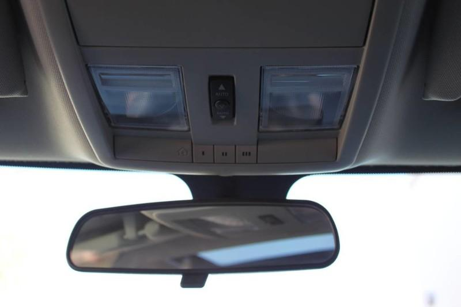 Used-2006-Dodge-Magnum-SRT8-LS400