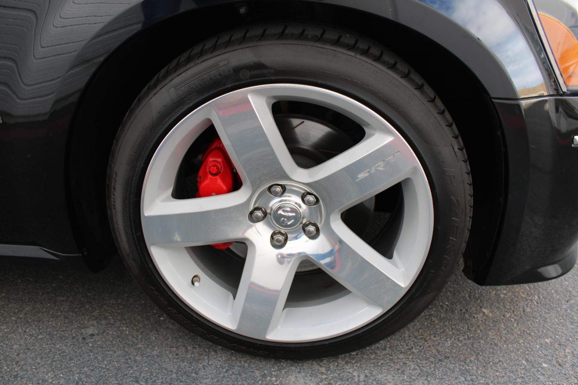 Used-2006-Dodge-Magnum-SRT8-Mini