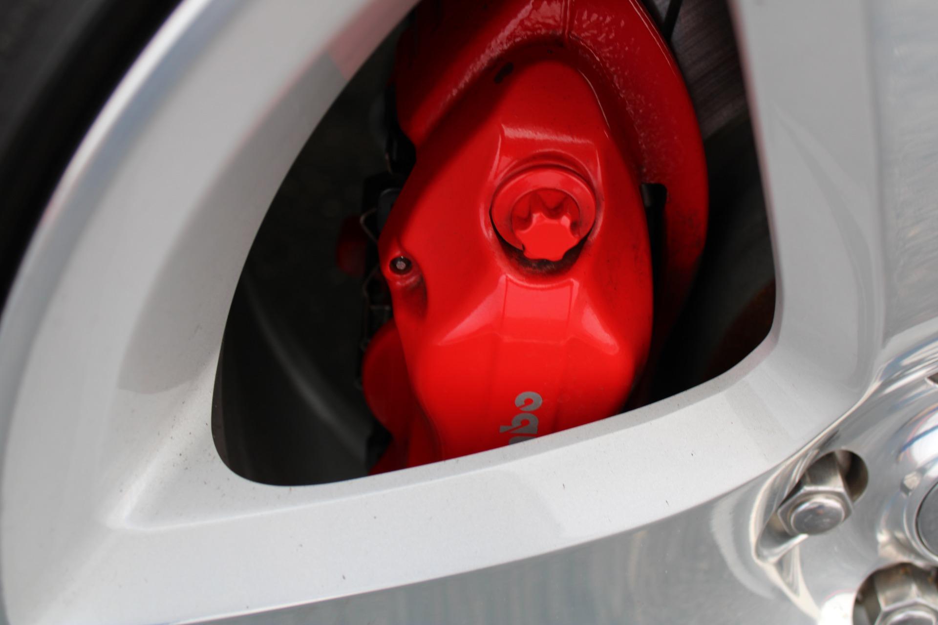 Used-2006-Dodge-Magnum-SRT8-Honda