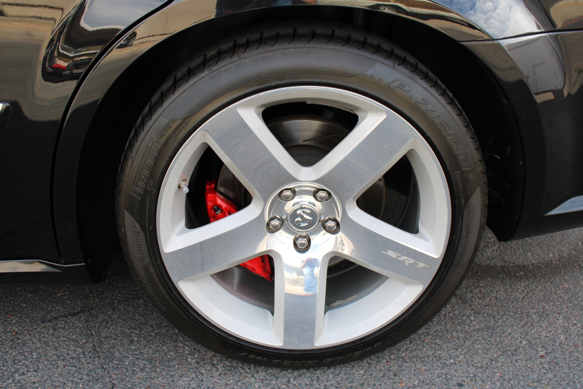 Used-2006-Dodge-Magnum-SRT8-Jaguar