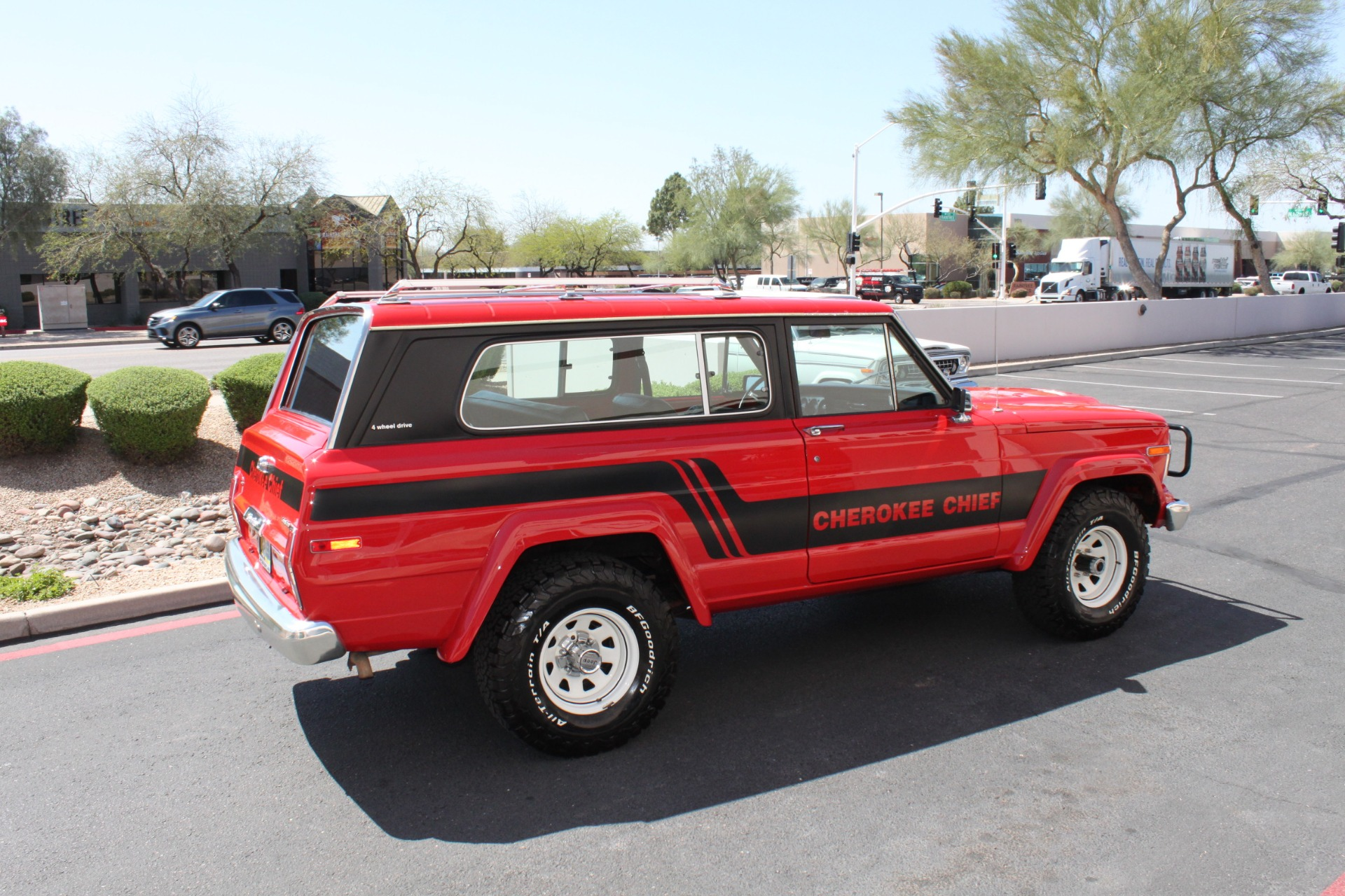 Used-1983-Jeep-Cherokee-Chief-4WD-Chalenger