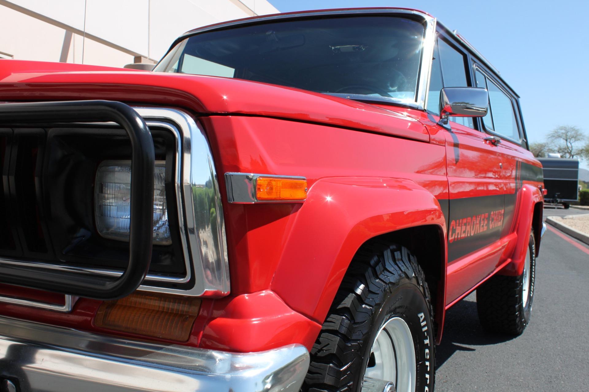 Used-1983-Jeep-Cherokee-4WD-Chief-LS400