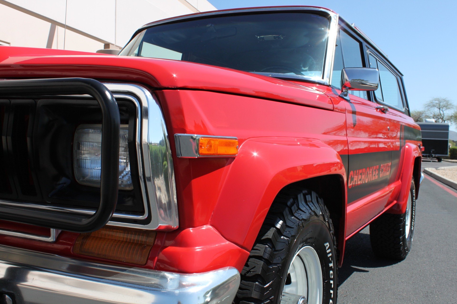 Used-1983-Jeep-Cherokee-Chief-4WD-LS400