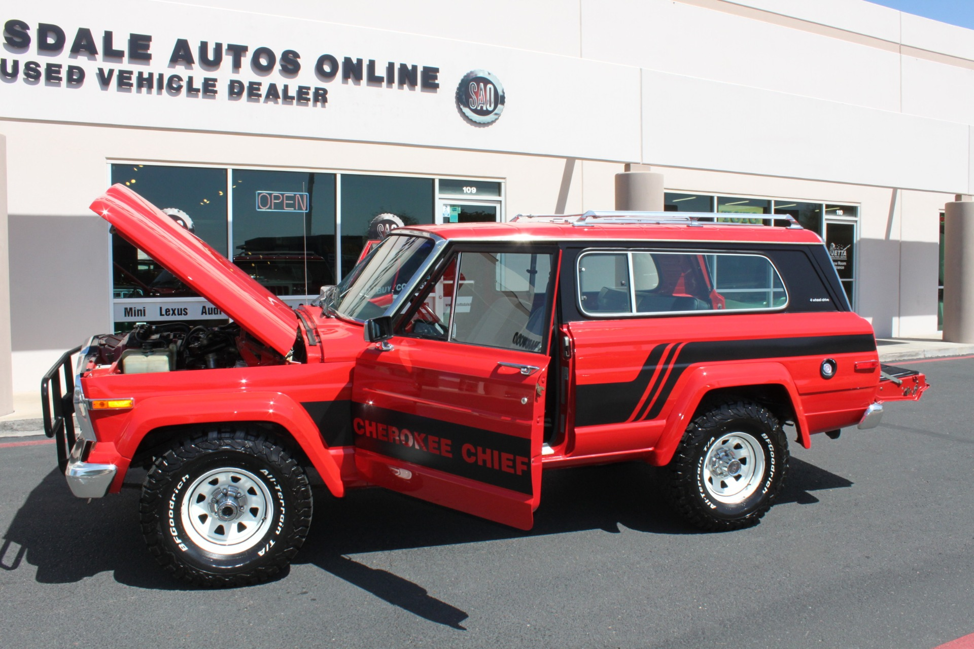 Used-1983-Jeep-Cherokee-4WD-Chief-Ford