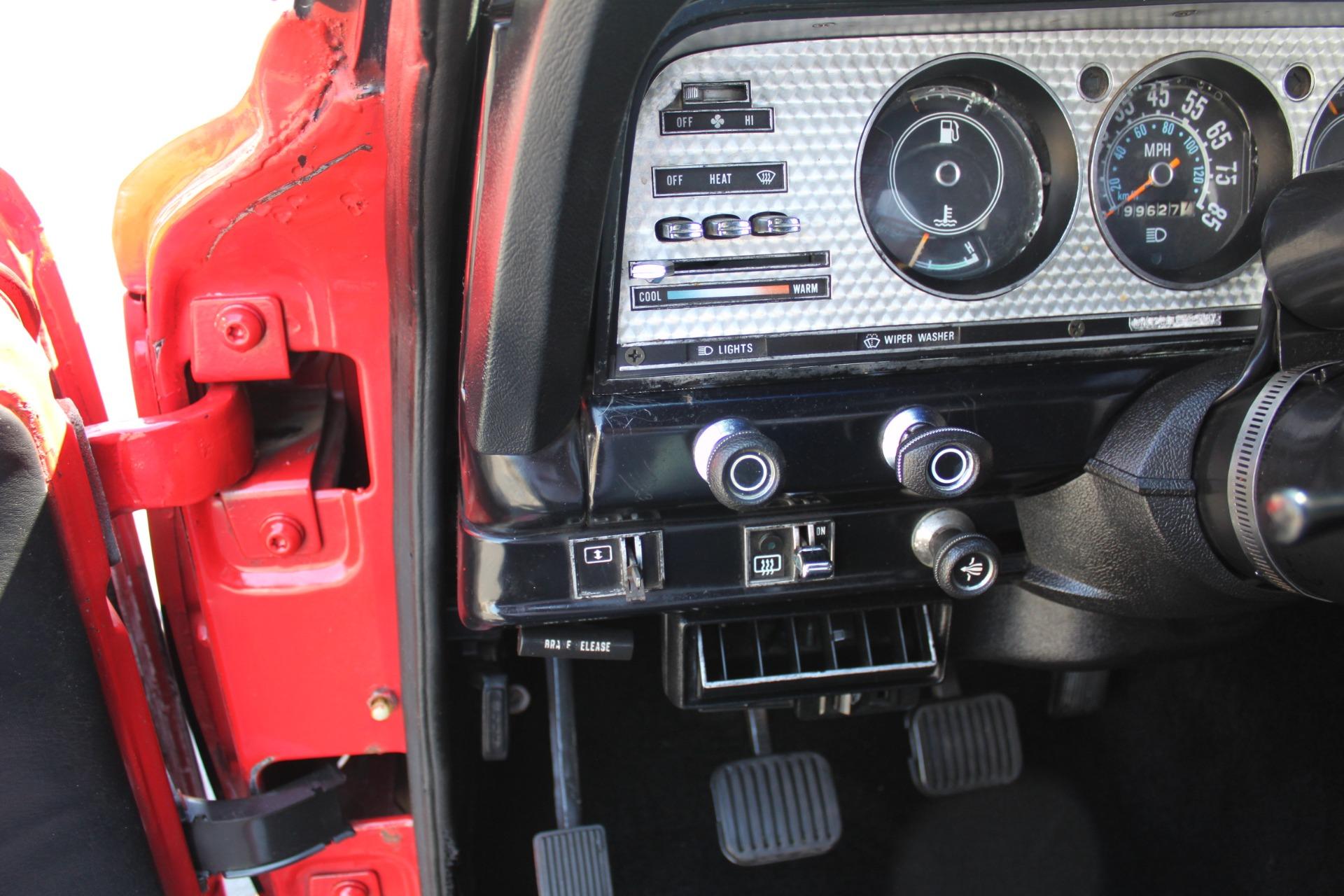 Used-1983-Jeep-Cherokee-4WD-Chief-Range-Rover