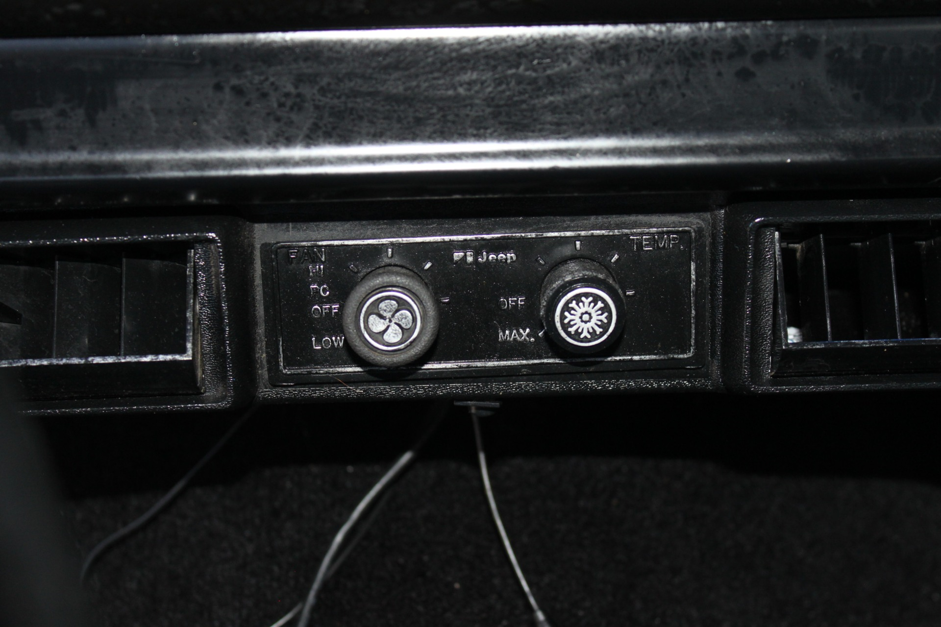 Used-1983-Jeep-Cherokee-4WD-Chief-BMW