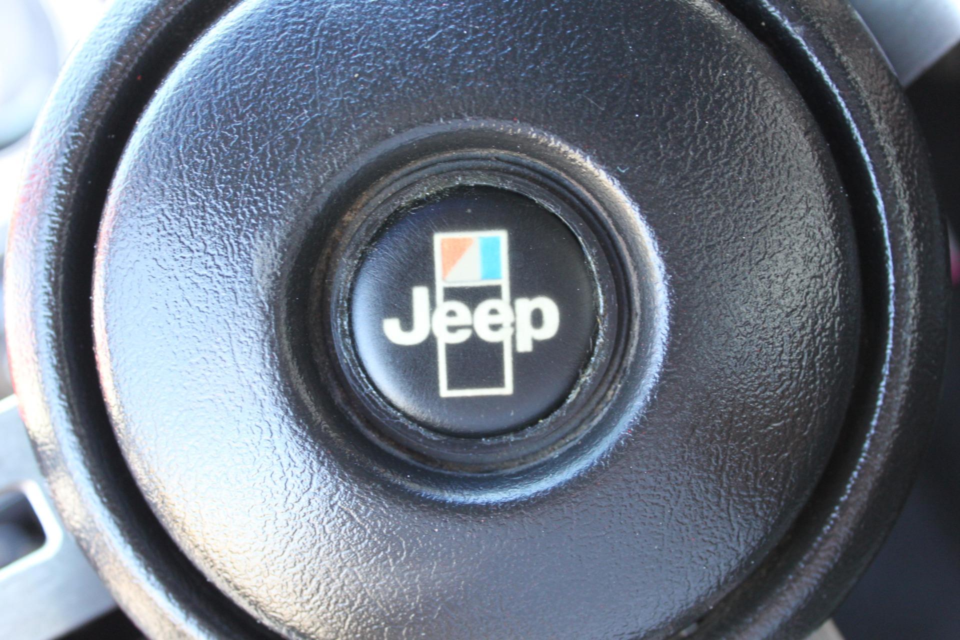 Used-1983-Jeep-Cherokee-Chief-4WD-Wrangler