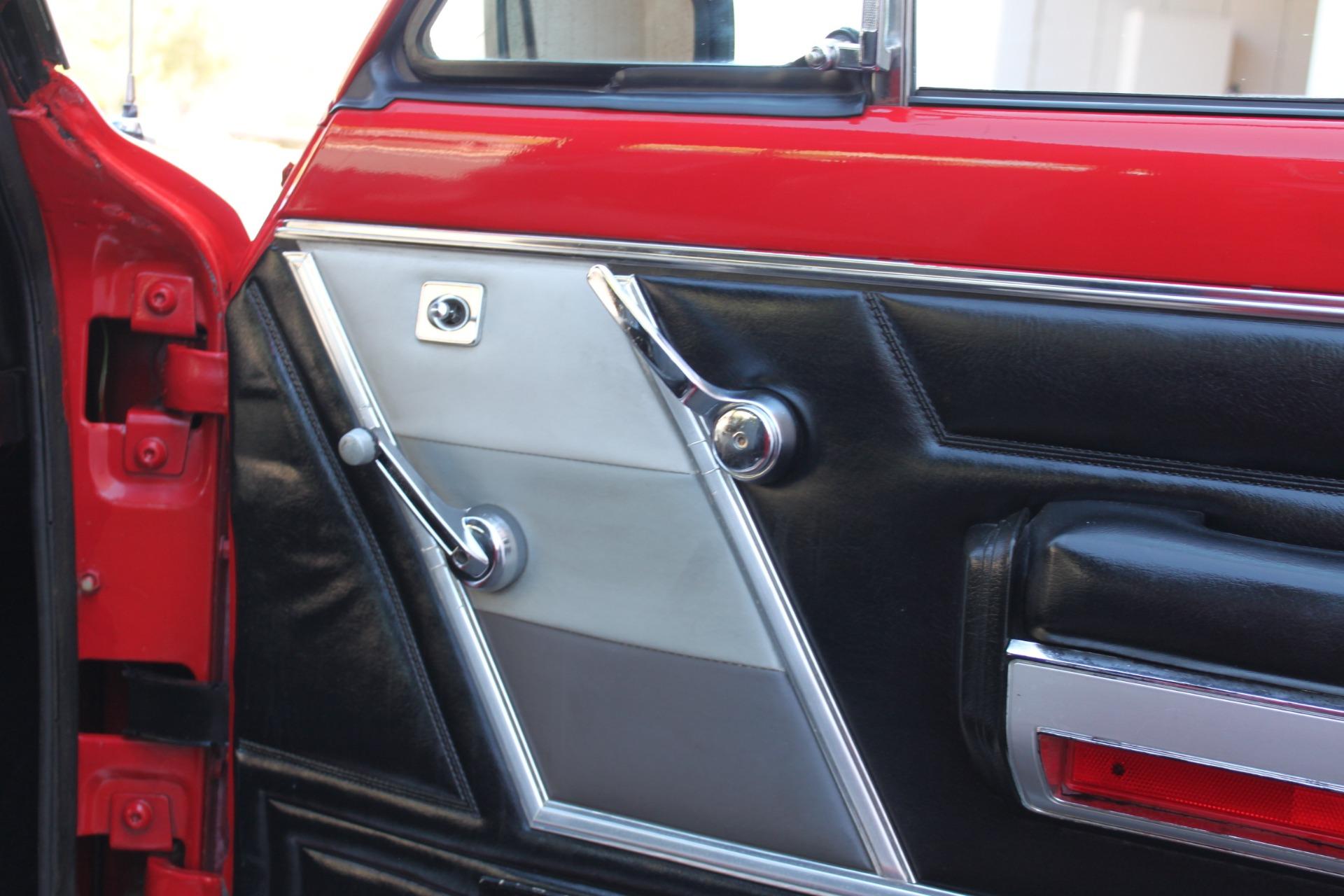 Used-1983-Jeep-Cherokee-Chief-4WD-Lexus