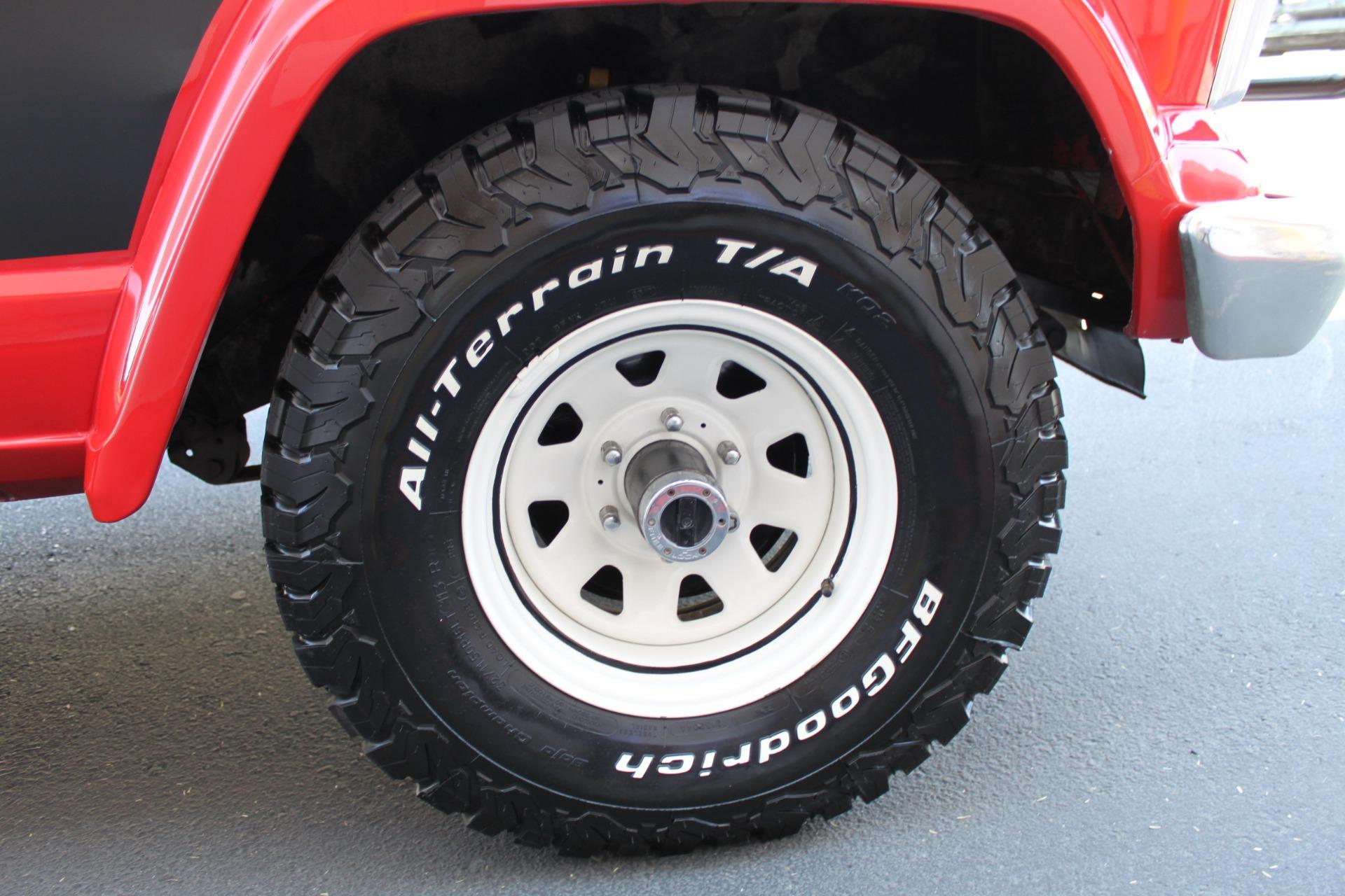 Used-1983-Jeep-Cherokee-4WD-Chief-XJ