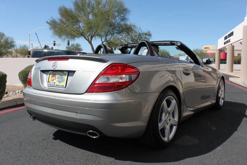 Used-2008-Mercedes-Benz-SLK-Class-35L-SLK350-Classic