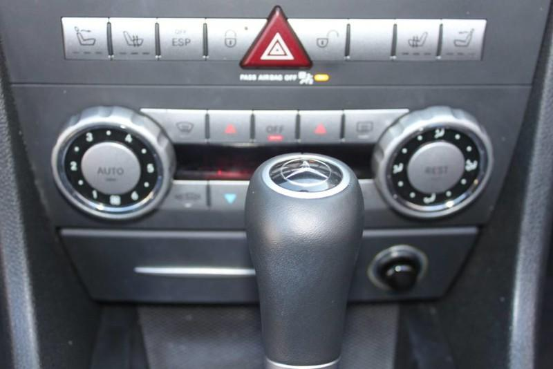Used-2008-Mercedes-Benz-SLK-Class-35L-SLK350-Chevrolet