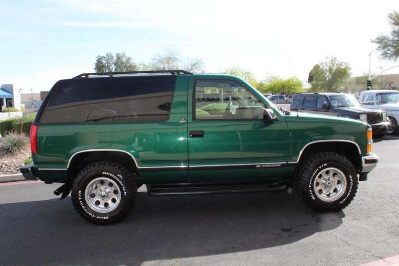 Used-1999-Chevrolet-Tahoe-LT-4X4-Mercedes-Benz