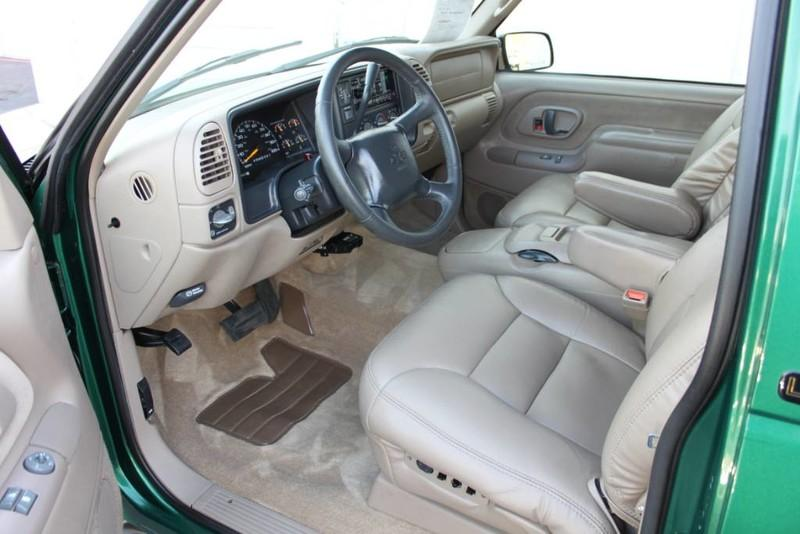 Used-1999-Chevrolet-Tahoe-LT-4X4-Collector